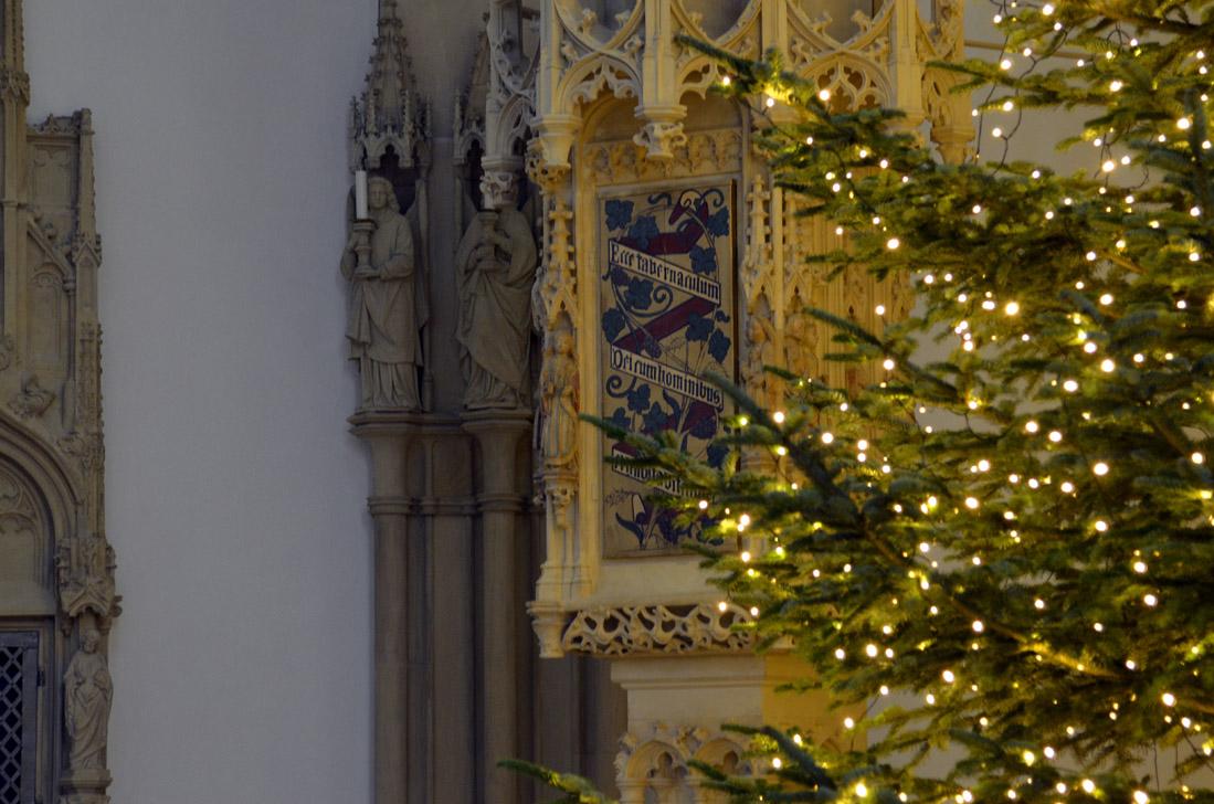 Impressionen Tannenbaum.Tannenbaum Mit Vielen Hundert Lichtern In Der Laurentiuskirche St